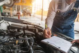 Services Of A Professional Truck Mechanic